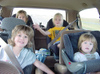 Kids_in_a_carseat